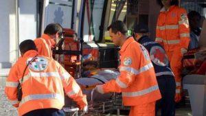 Incidente alla rotonda di strada Elevata: una donna ferita
